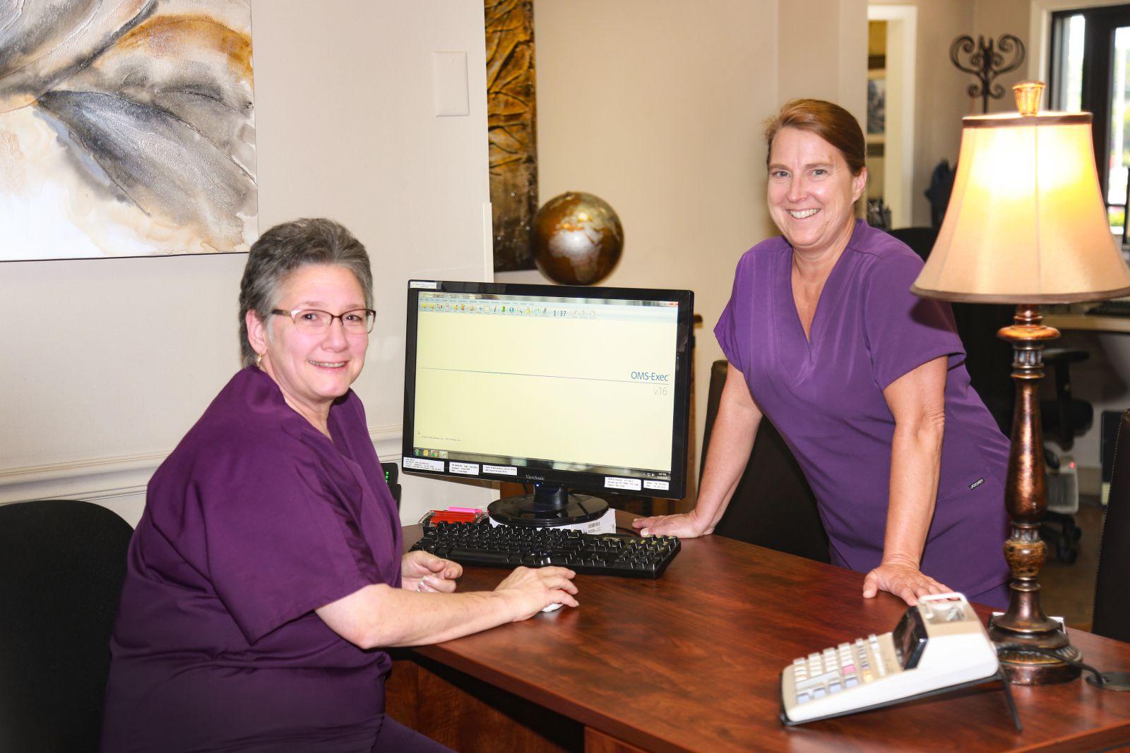 etoms maryville TN Office desk