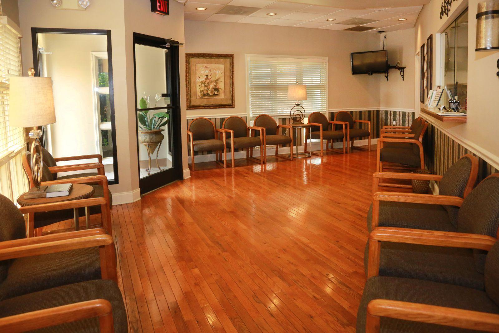 etoms maryville TN Office lobby